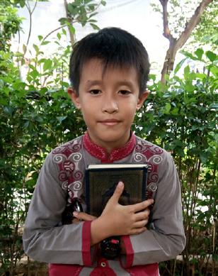 Nur Muhammad R